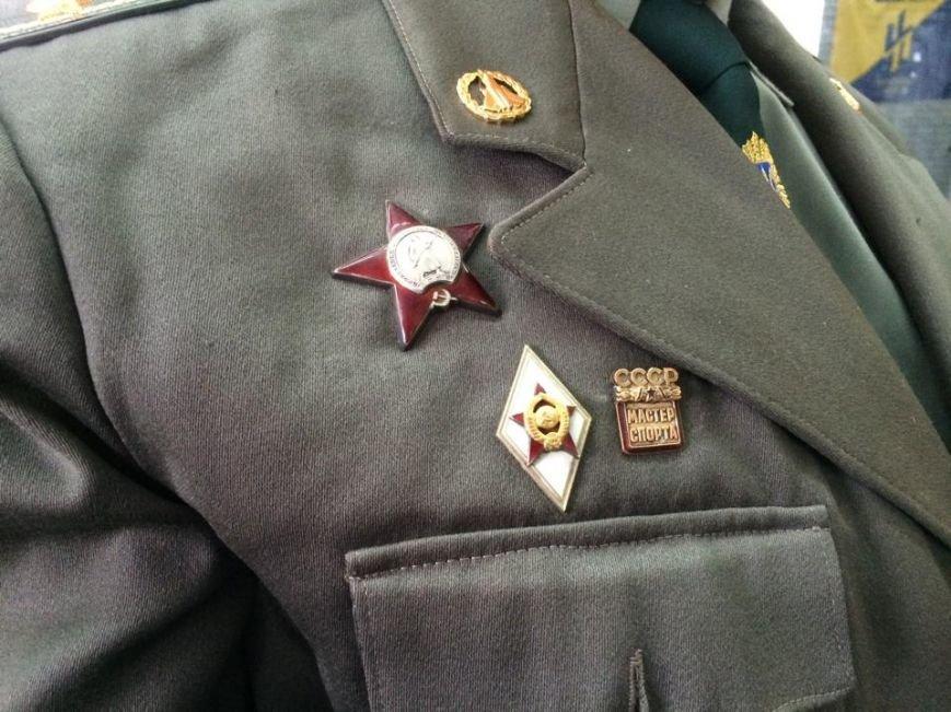 """Военные ВСУ, """"АЗОВа"""" и представители спортклубов поднимали гири самым сложным способом (ФОТО, ВИДЕО), фото-2"""