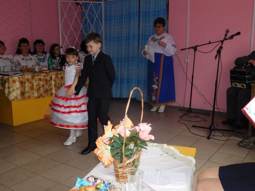 Женский праздник в Криворожье (фото) - фото 1