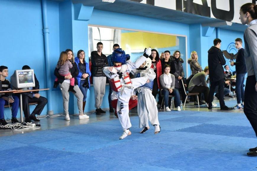 Днепродзержинские тхеквондисты провели чемпионат города (фото) - фото 2