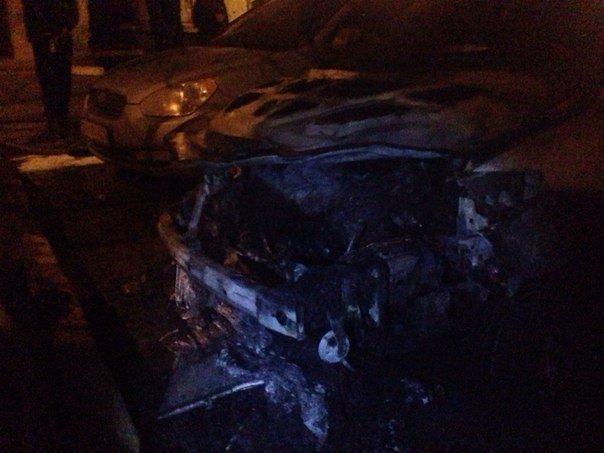 Сегодня ночью, в г.Черноморск горели три автомобиля (+фото) (фото) - фото 1