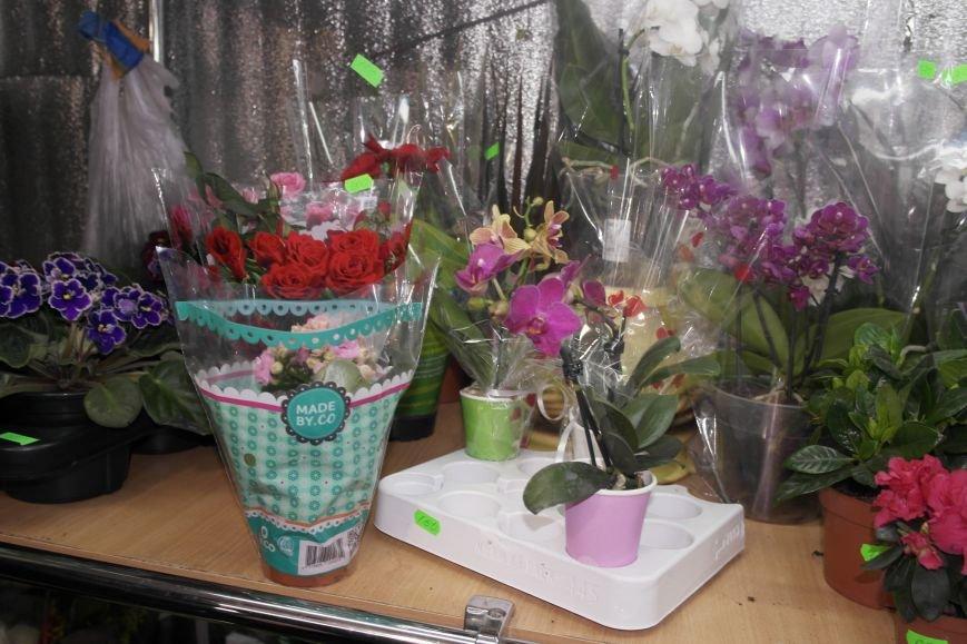 В Красноармейске начался цветочный бум! Во сколько мужчинам обойдутся улыбки любимых в праздник?, фото-10