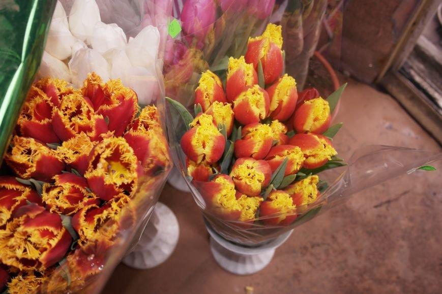 В Красноармейске начался цветочный бум! Во сколько мужчинам обойдутся улыбки любимых в праздник?, фото-4