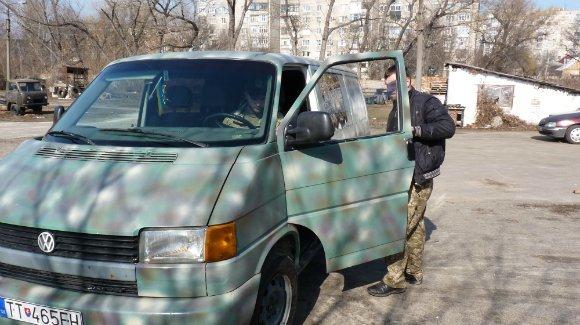 Александрийские волонтеры-механики отремонтировали для фронта очередной автомобиль (фото) - фото 1