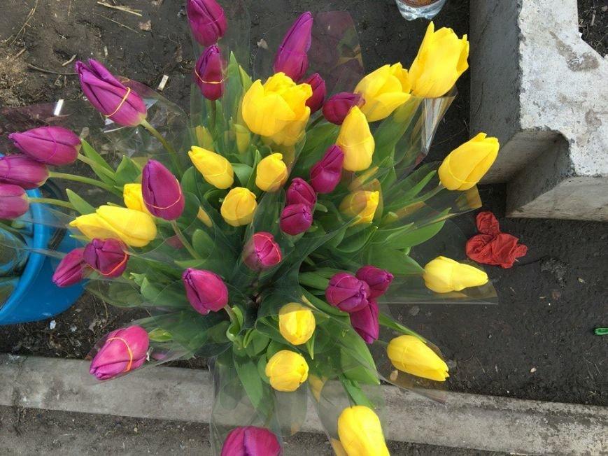 Во сколько обойдется криворожским мужчинам букет цветов к 8 марта для бесценной женщины?   (ФОТО), фото-33