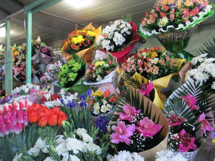 В Одессе продавцы цветов «заломили» цены, фото-2
