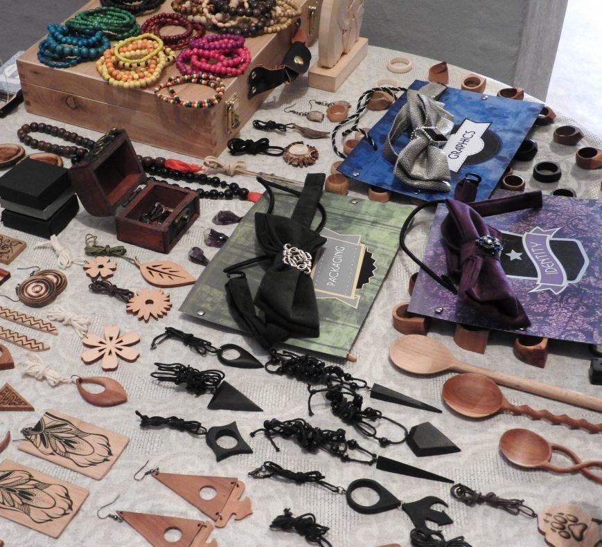 «Весенний маркет». В Витебске состоялась ярмарка изделий лучших молодых ремесленников и мастеров города (фото) - фото 6
