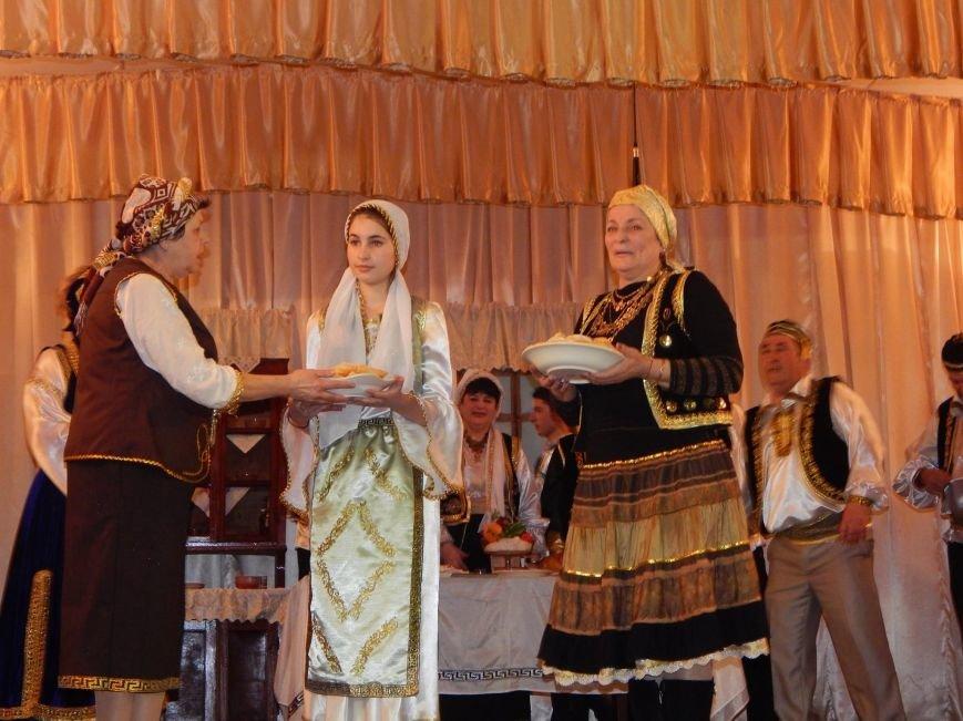 В поселке под Мариуполем инсценировали древний  свадебный обряд (ФОТО), фото-2