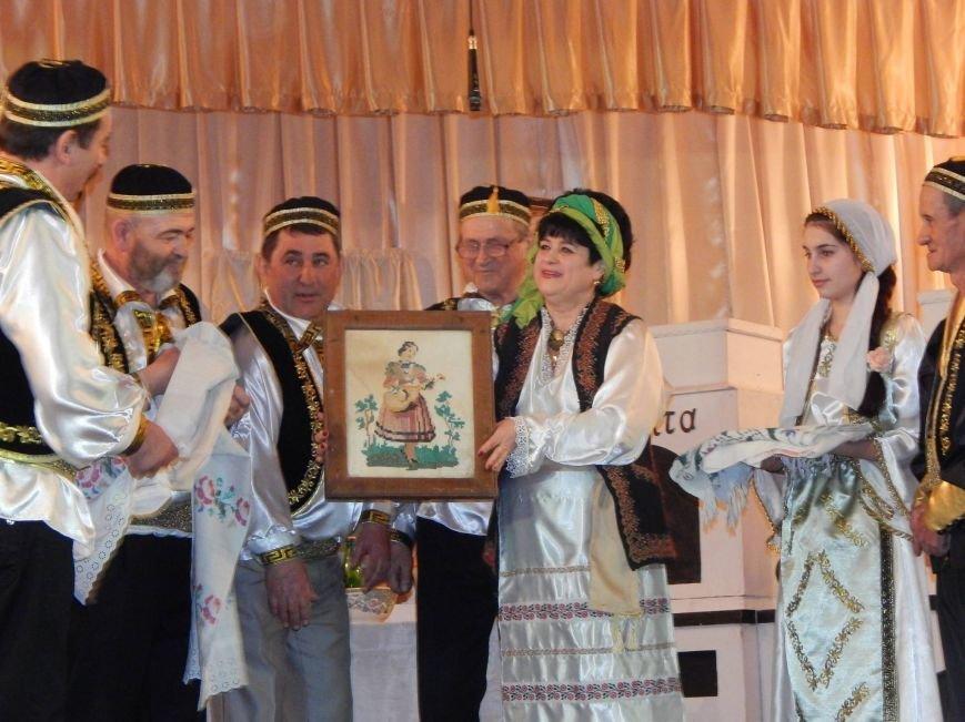 В поселке под Мариуполем инсценировали древний  свадебный обряд (ФОТО), фото-4