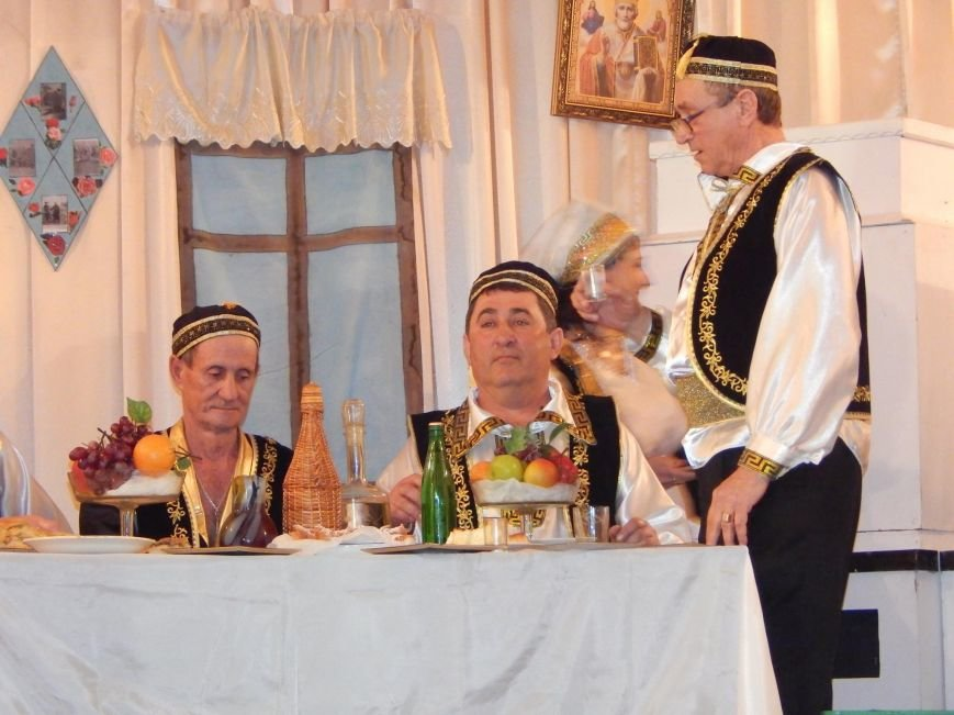 В поселке под Мариуполем инсценировали древний  свадебный обряд (ФОТО), фото-5