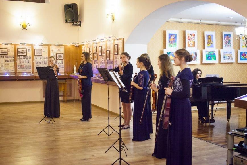 В Доме-музее А.П. Чехова провели концерт памяти Валентайна Аллистер, баритона из Ирландии, фото-6