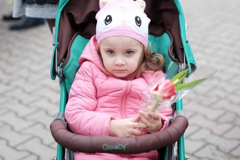 На квіткових ринках у Тернополі сьогодні ажіотаж (фото), фото-4