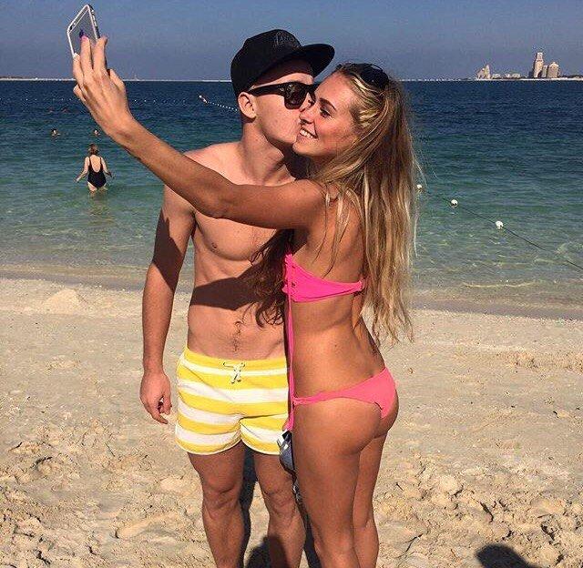 Александр Сваток с девушкой