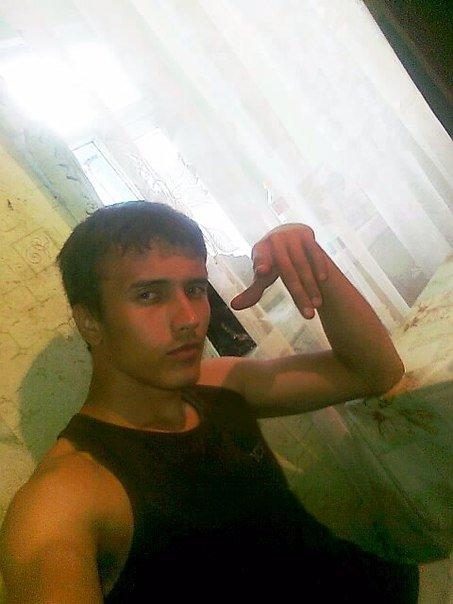 В Одессе пропал солдат-красавчик с букетом в руках (ФОТО) (фото) - фото 1