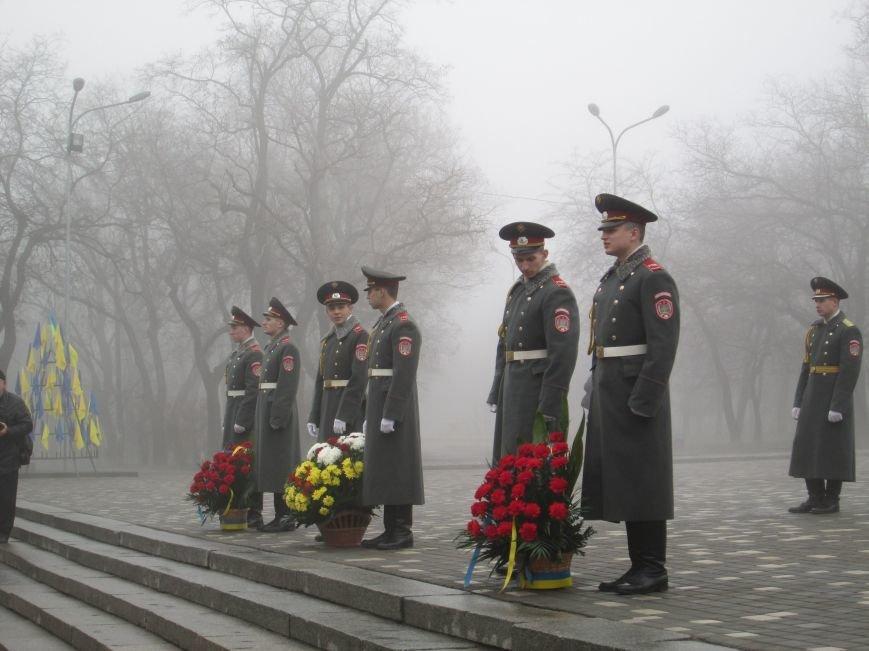 42c889f5daa1f5f6a502bd799e9ca442 Одесситы отпраздновали 202 годовщину со дня рождения Шевченко