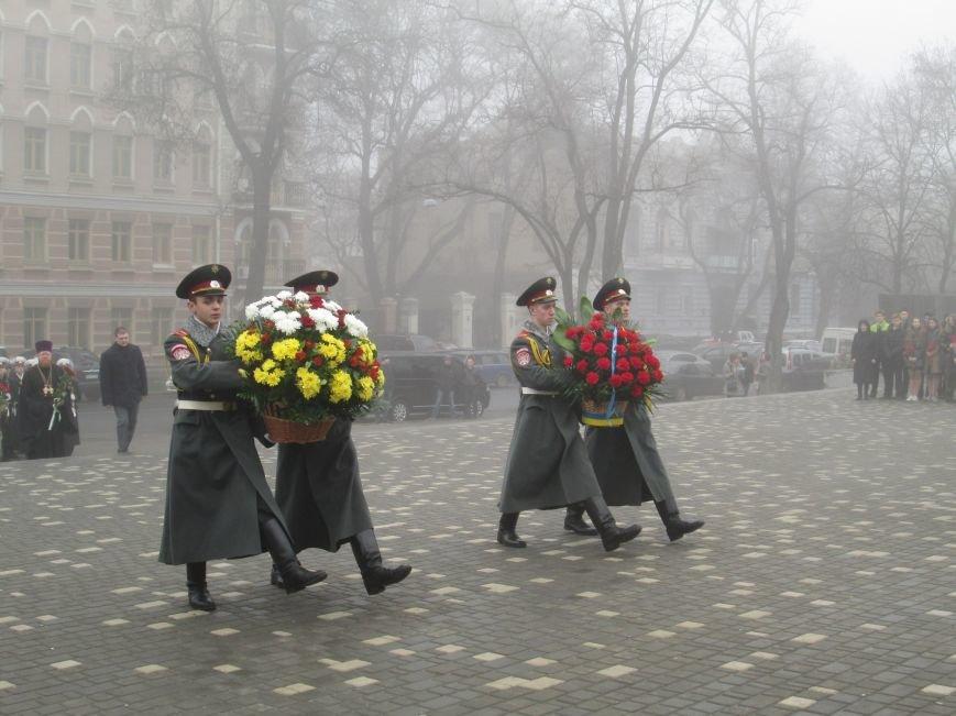 9febf44bc4e2580b9d9211a425adf9f2 Одесситы отпраздновали 202 годовщину со дня рождения Шевченко