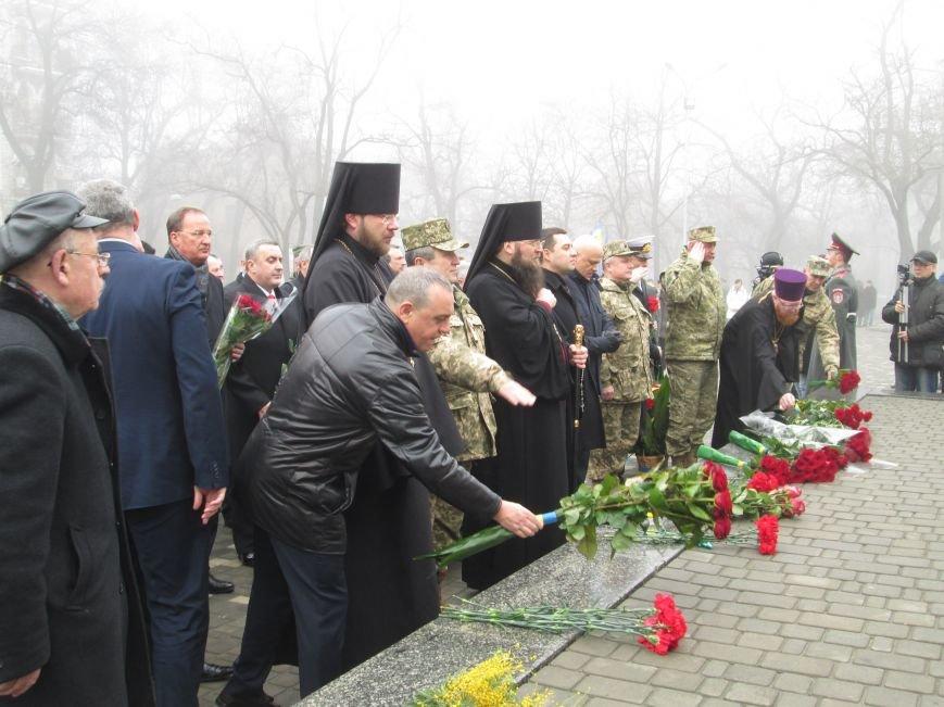 b8b3c42df0080b03178214c491fe3e8b Одесситы отпраздновали 202 годовщину со дня рождения Шевченко