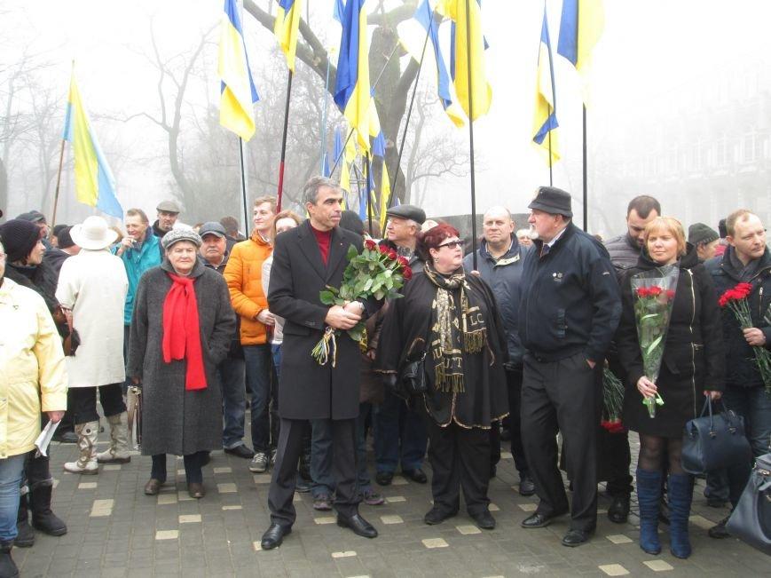 f14d734ade68c3785dc1bb428dee0d65 Одесситы отпраздновали 202 годовщину со дня рождения Шевченко