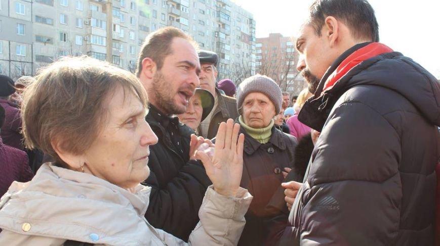 """В МКР """"Восточный"""" пытались собрать подписи за переименование пр. Жукова (ФОТО, ВИДЕО), фото-2"""