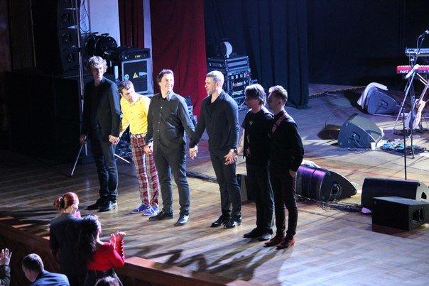 Арсен Мирзоян поздравил днепропетровчанок с 8 марта новым музыкальным альбомом (ФОТО) (фото) - фото 3