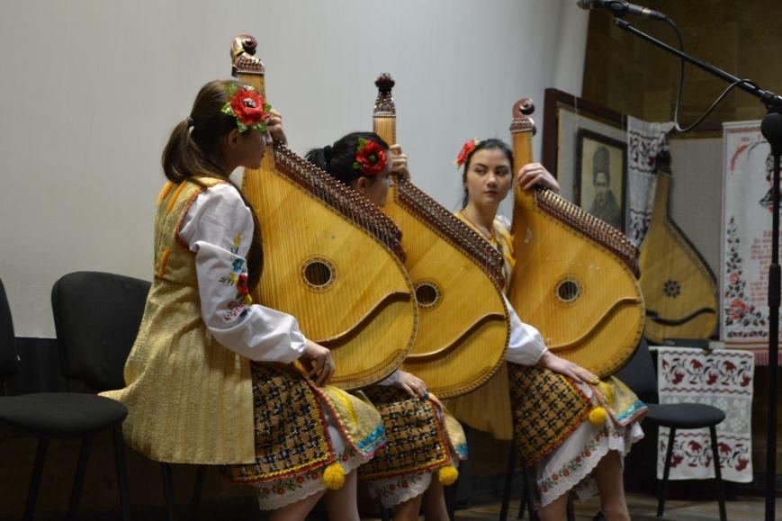 Шевченковский праздник прошел в музее истории Днепродзержинска, фото-5