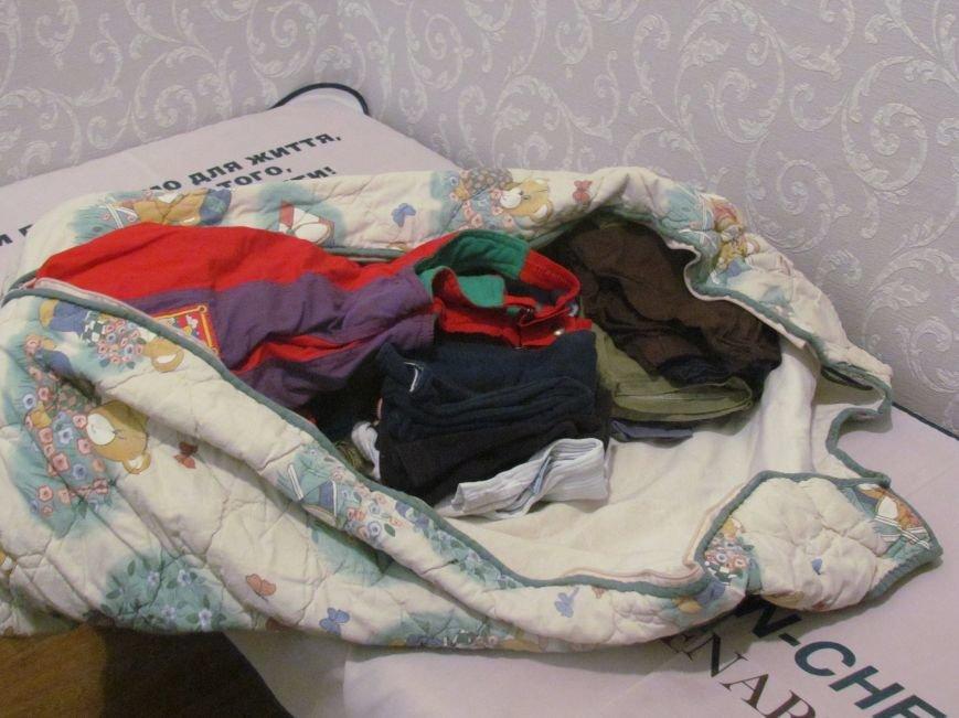 Волонтеры хотели помочь малышу, найденному возле мусорника в Мариуполе, а его усыновили (ФОТО), фото-10