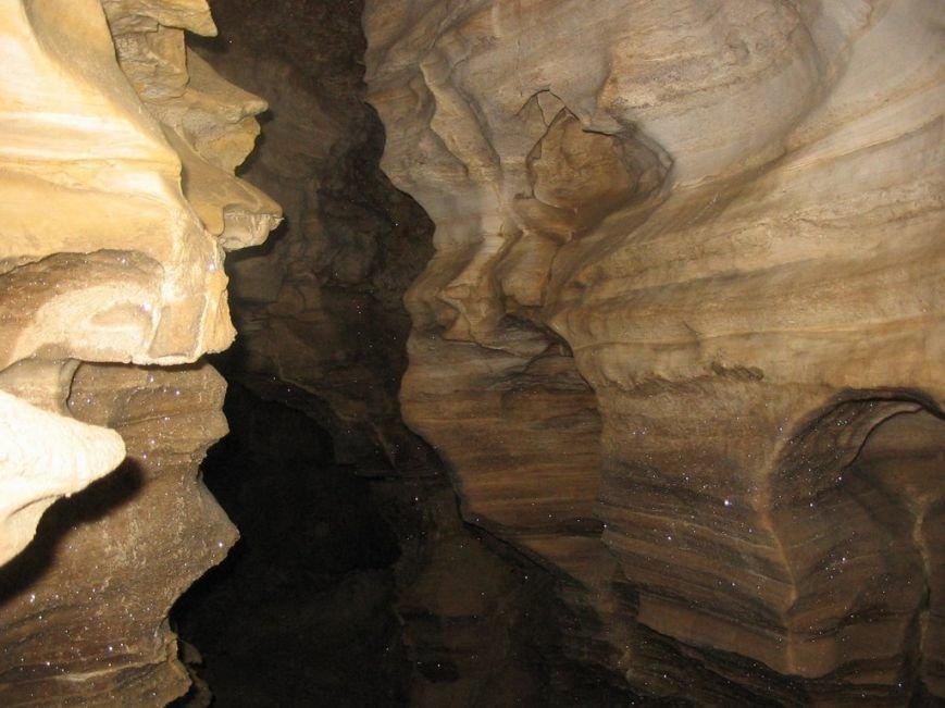 На Тернопільщині розташована єдина у світі горизонтальна печера (Фото) (фото) - фото 1