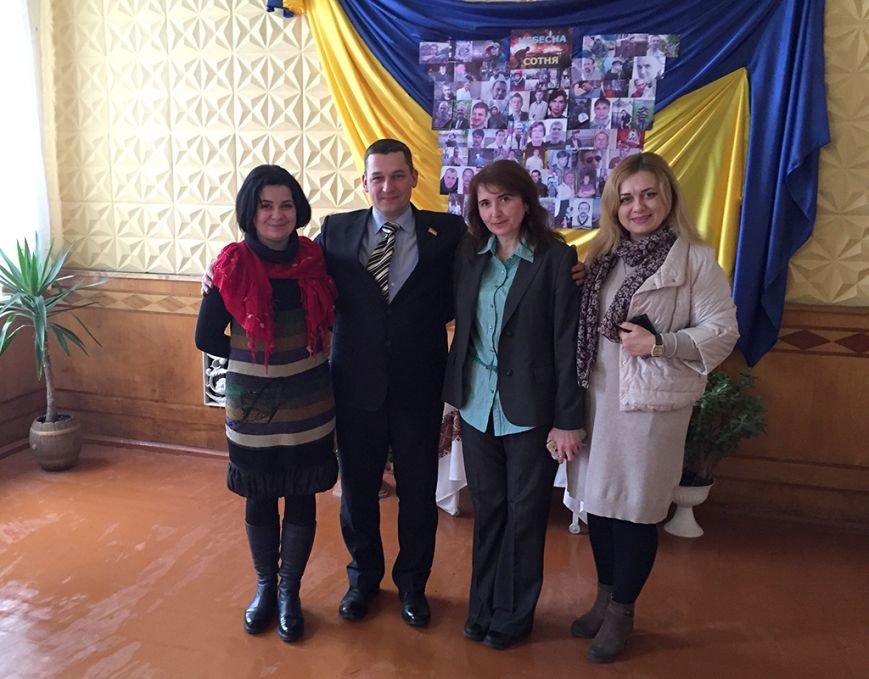 Гімназія міста Хоросткова отримала ноутбуки від Миколи Люшняка, фото-1