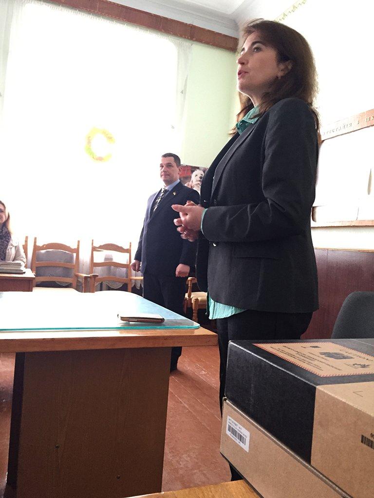 Гімназія міста Хоросткова отримала ноутбуки від Миколи Люшняка, фото-3