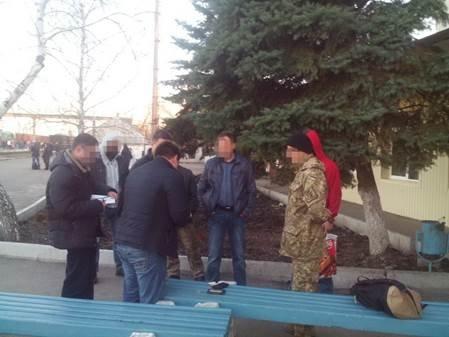 В Луганском регионе продолжают задерживать коррупционеров (ФОТО) (фото) - фото 1
