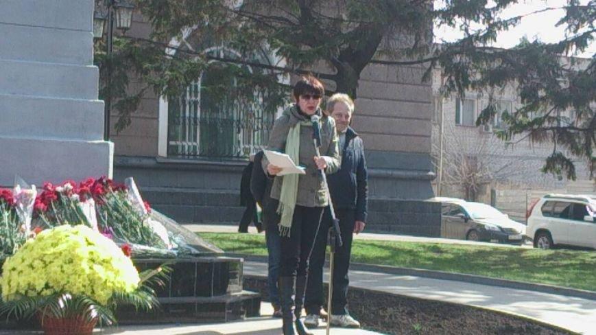 Вторую годовщину основания волонтерского движения в Кривом Роге активисты отметили там, где все начиналось (ФОТО), фото-3