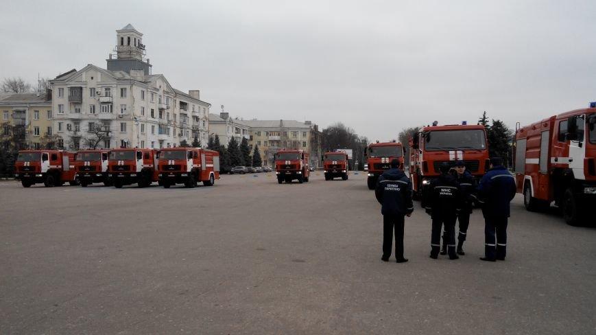 В Краматорске репетируют передачу спасательной техники (фото) - фото 4