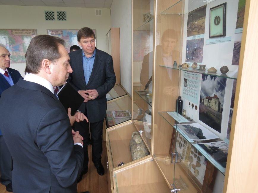 В Мариуполе Томенко и Поживанов предложили омолодить Кобзаря (ФОТО+ВИДЕО), фото-1
