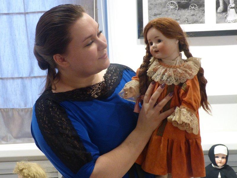 В Сыктывкар приехали старинные куклы (фото) - фото 3