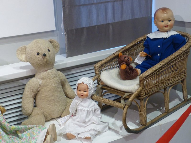 В Сыктывкар приехали старинные куклы (фото) - фото 6