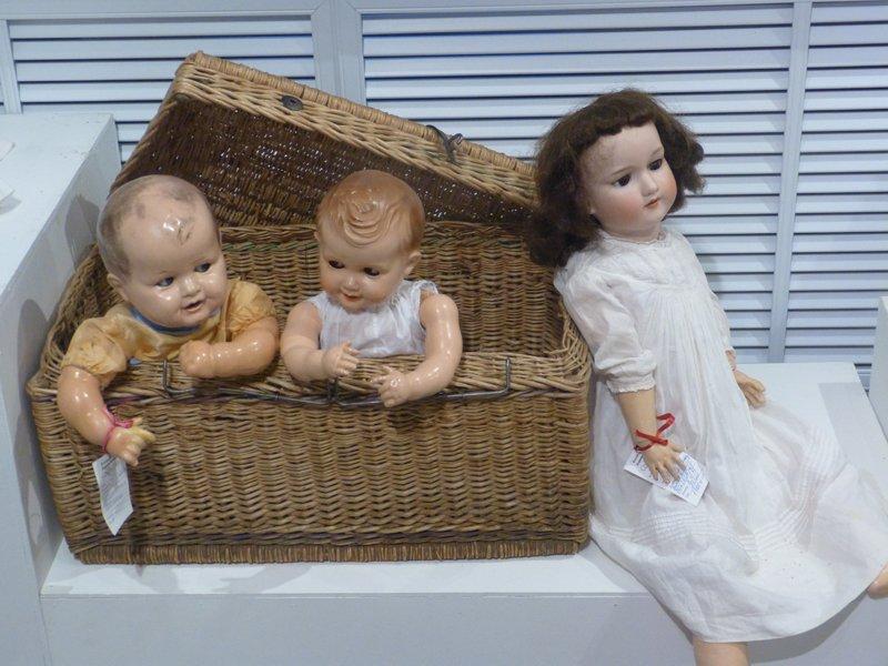 В Сыктывкар приехали старинные куклы (фото) - фото 5