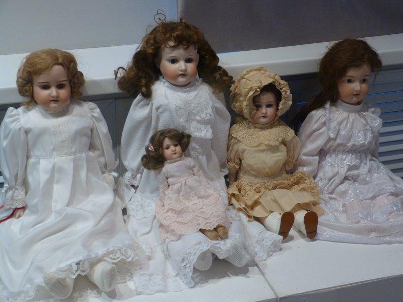В Сыктывкар приехали старинные куклы (фото) - фото 2