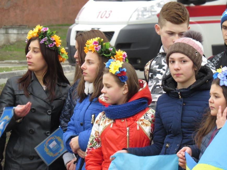 В Мариуполе дети спели гимн вместе со всей Украиной (ФОТО+ВИДЕО), фото-4