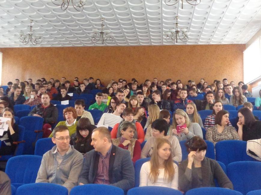 «Все основано на реальных событиях!» - красноармейские студенты вновь сыграли в КВН (фото) - фото 2