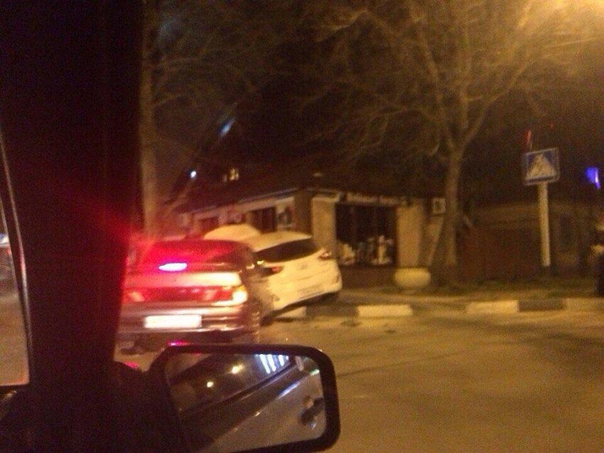 Очередная авария на злополучном перекурестке Анапы (фото) - фото 2