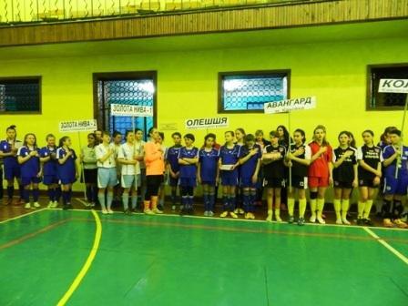 На Херсонщине состоялся финальный тур чемпионата области по футзалу среди девушек (фото) (фото) - фото 1