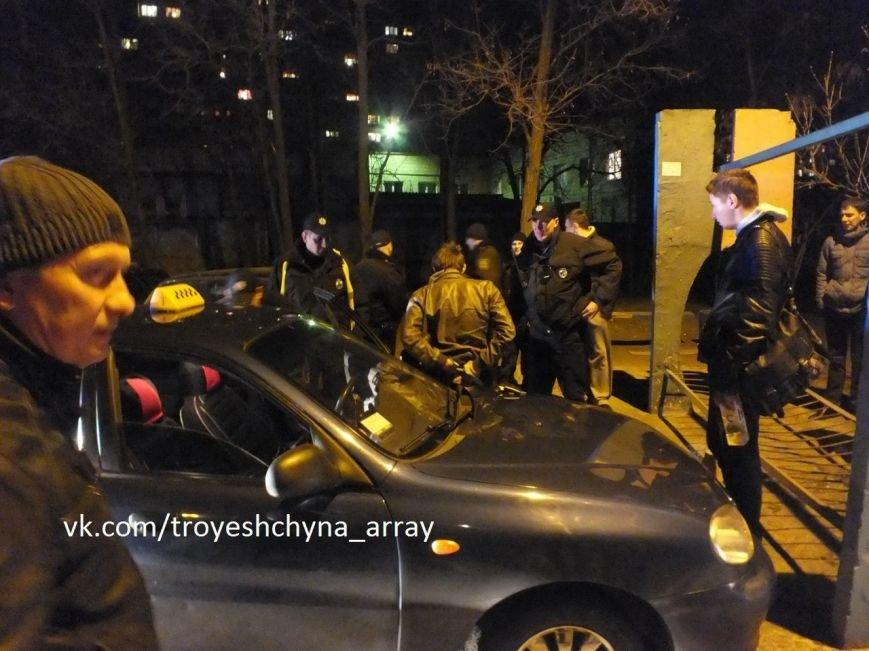 На Троещине в результате погони полиция задержала таксиста (ФОТО) (фото) - фото 2