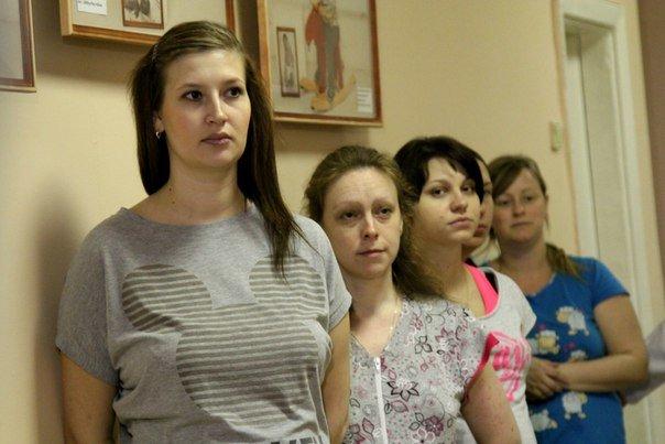 В детской больнице №22 появилась фотогалерея в поддержку родителей недоношенных малышей (фото) - фото 1