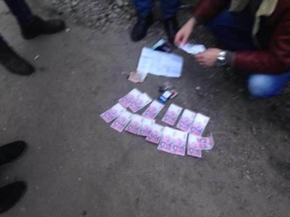 Во время получения взятки задержан начальник таможенного поста «Северодонецк» (ФОТО) (фото) - фото 1