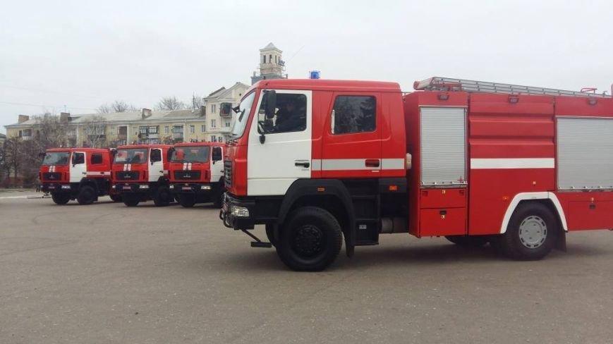 Бахмутские спасатели получили новый автомобиль, фото-1