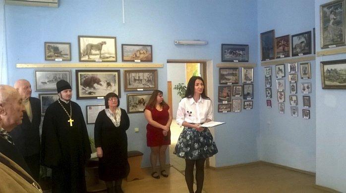 В музее истории Бердянска открылась и действует выставка вышитых картин Ольги Воробей-Бондарь. (фото) - фото 4