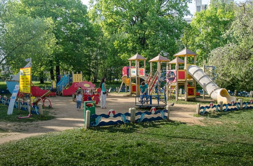 Видеонаблюдение за двором от TRINITY или где гуляет мой ребенок (фото) - фото 1