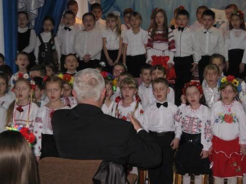 В Белицкой музыкальной школе чтили память Кобзаря (фото) - фото 1