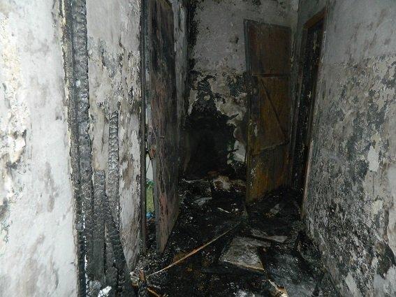 Стали известны подробности пожара на Оболони, во время которого погиб мужчина (ФОТО, ВИДЕО) (фото) - фото 4