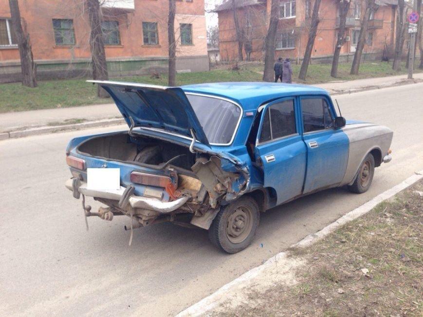В Днепродзержинске на улице Республиканской произошло ДТП (фото) - фото 1