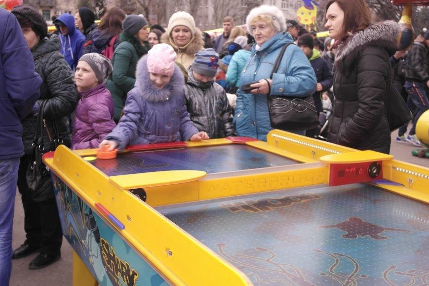 В Красноармейске шумно и весело встречают приход весны - Масленицу, фото-16